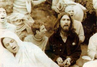 Hare-Krishna-Kirtana mit George Harrison und Yamuna Devi Dasi