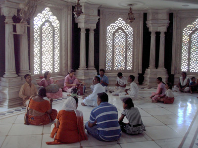 100316-bhakti-dhama-07