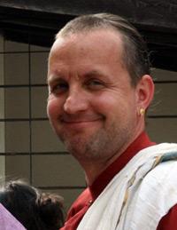 Amaraprabhu Dasa aus Berlin, der sich mittlerweile als vedischer Priester bundesweit einen Namen gemacht hat