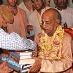 Sri Srimad A.C. Bhaktivedanta Swami Prabhupada (1896-1977), der Gründer-Acharya der Internationalen Gesellschaft für Krishna-Bewusstsein