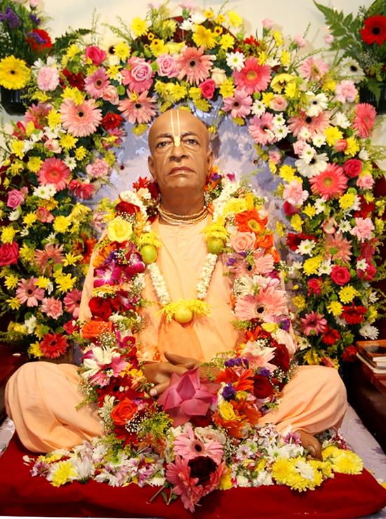 131210-prabhupada-murti