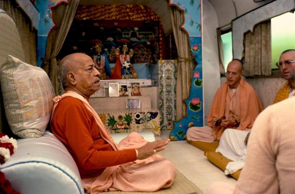 161206-prabhupada-4